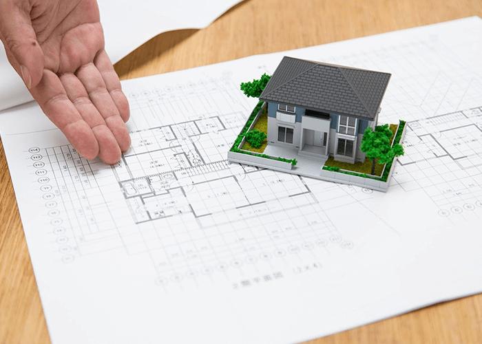 住宅と間取り図